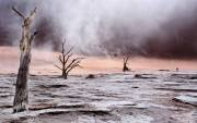 Paul-Ravenscroft_Sandstorm-in-Dead-Vlei-Namibia